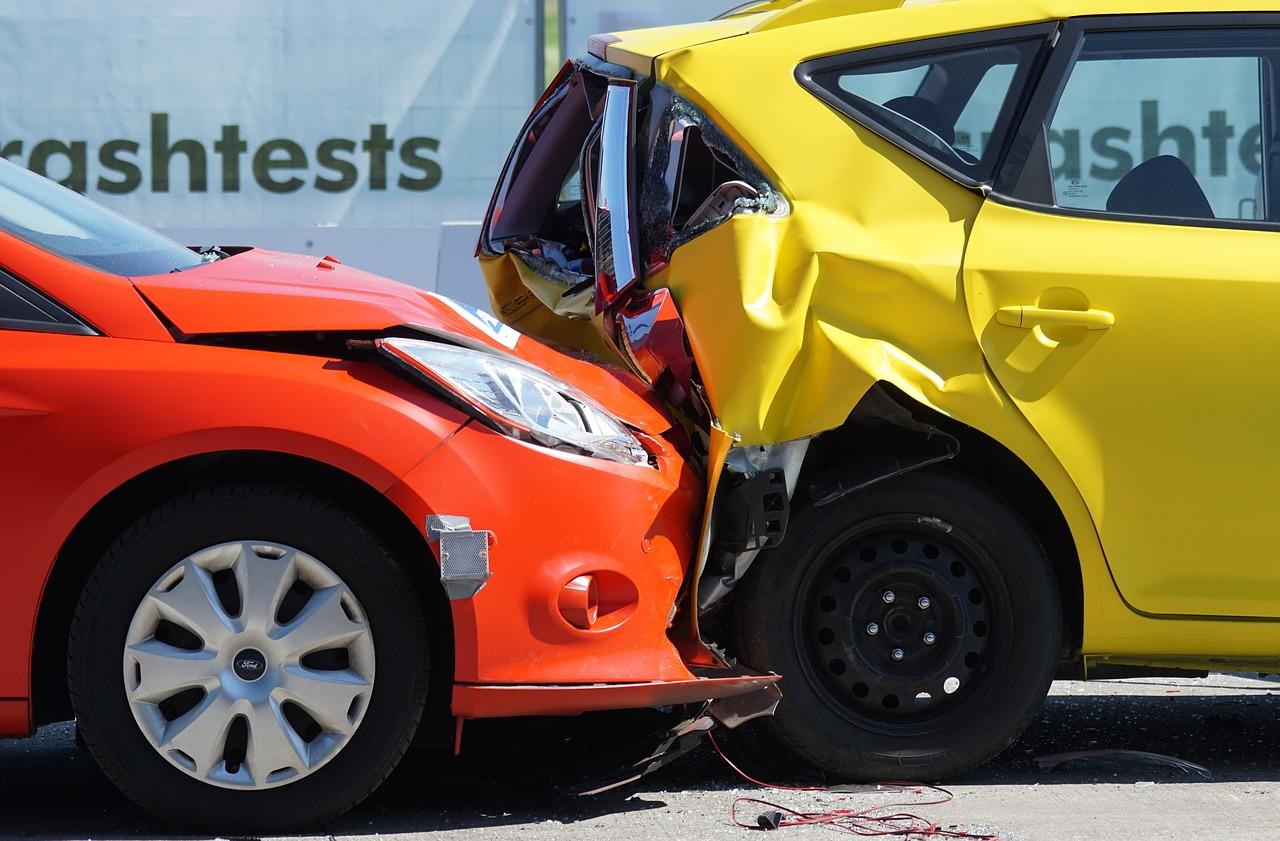 自動車保険とは?自動車保険の詳細をわかりやすく解説