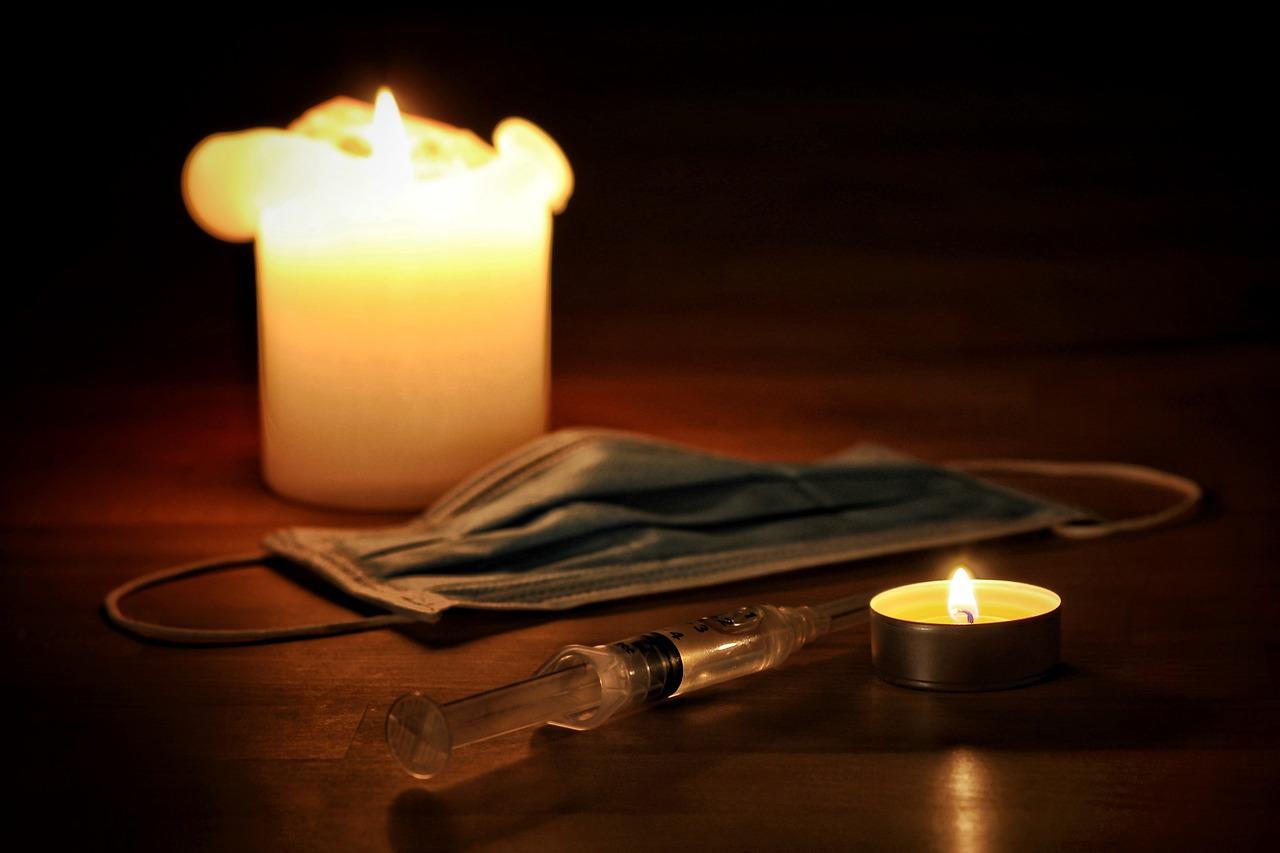 尊厳死と安楽死とは?尊厳死と安楽死の詳細をわかりやすく解説