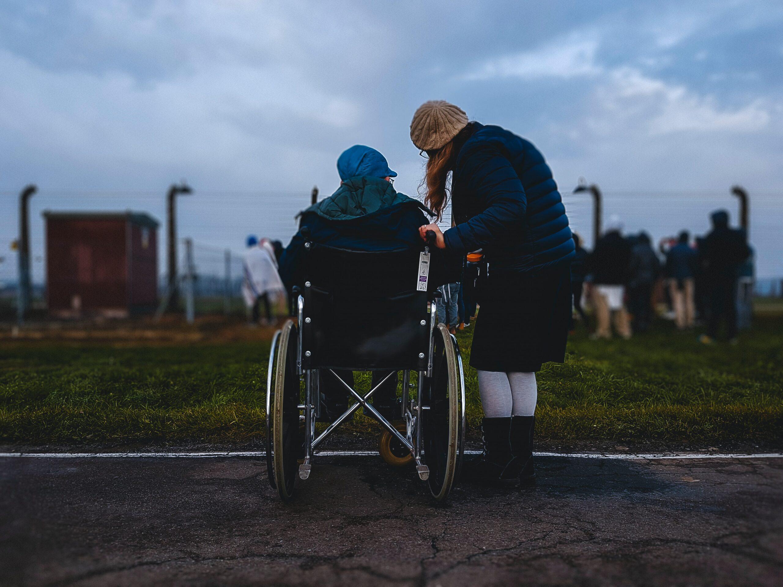 【在宅介護の現実】介護離職が深刻。介護休業と介護休暇を利用しよう